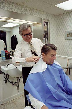 Milton Pitts coiffait les présidents américains, dont Ronald Reagan.